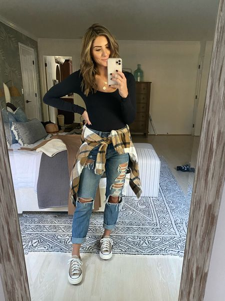 Jeans fit TTS.