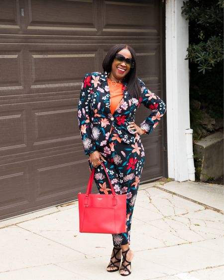 I've been rockin' with @whowhatwearcollection since 2018.  Had to pull this floral explosion out of my closet for a Springtime refresh! . . What fashionable goodies are you holding hostage in your wardrobe? I'm here to tell you...release them!  . . I hope this inspires you to #shopyourcloset #springcleaning #springrefresh  . .  Although this suit has been sold out long ago, I've linked some floral pieces in my @liketoknow.it Shop my daily looks by following me on the LIKEtoKNOW.it shopping app  . . 📸 @cytherial_  . . . . . . . . . . #midlifebeauty #flyhipageless #becomingjulie  #omgherhair #aboutalook #inspiredbyinstyle #melaninbloggers #blackgirljoy #whowhatwear #essencestyle #inspiredbyinstyle #whowhatwearing #fiftyplusstyle #blackcreative #blackgirlswhoblog  #inspiremyinstagram  #stylishover50  #blackinfluencerover50 #aspiretoinspire  #stillevolving #mystylemystory #godsgirl #agelessstyle #fashionistaover50 #fiftyplusandfabulous #curvesandconfidence   #LTKcurves #LTKunder50 #liketkit http://liketk.it/3bGXt