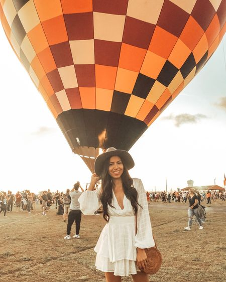 I have to admit, I felt like a little kid watching the hot air balloons go up 🤗  . . It was a great experience being there with my son, my hubby, and my cousins. It was our very first time and although things were a little disorganized, we all enjoyed it and had a great time 💕 Definitely looking forward to the next time 😊  Have you ever seen or been in a hot air balloon?  . . My dress cannot be linked through the app but I have linked it in my blog as the featured item or you can DM me for details. I have linked other white dress options and accessories on the @liketoknow.it app and through the link in my bio http://liketk.it/2Ai6J #liketkit #LTKstyletip #LTKunder100 #casuallooks #festivalstyle #hotairballoonfestival #hotairballoon  #fashiontips #outfitshare #instafashionist #instalookbook #styleshare #affordablestyle #realoutfit #miamiblogger #miamistyle #miamilife #effortlessstyle #shetravels #everydaystyle #momstyle #modalatina #modafemenina #modamujer #estilosa #rewardstyle #americanstyle #everydaystyle #selfieleslie #dressmeforless