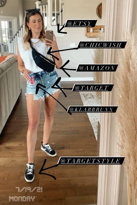Monday outfit http://liketk.it/3k9qA #liketkit @liketoknow.it #LTKunder50 #LTKstyletip #LTKsalealert