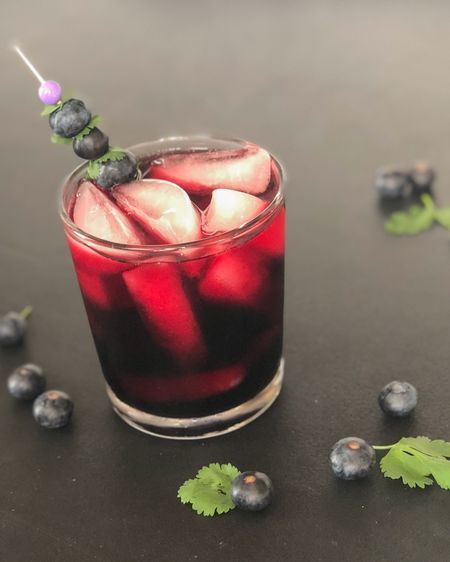 If you're wondering why I'm posting a drink it's because it's so yummy and actually 𝙎𝙐𝙋𝙀𝙍 healthy for you too!  This is half organic blueberry juice and half tonic water and that's it! Very simple!   Tonic water has quinine in it and that's essential to help you absorb zinc. So, when you take your zinc supplement go ahead and wash it down with this! And blueberries are high in antioxidants so this is a well rounded health drink!   This tonic water is my favorite and low in sugar. The blueberry juice is fantastic too. These get a 10 out of 10!    Screenshot this pic to get shoppable product details with the LIKEtoKNOW.it shopping app  Follow me on the app and enjoy shopping my links!  Happy Saturday!   http://liketk.it/3egdG #liketkit @liketoknow.it #LTKunder50