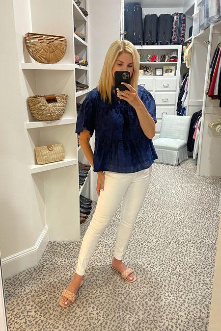 Size S top Jeans fit TTS    #LTKstyletip #LTKshoecrush