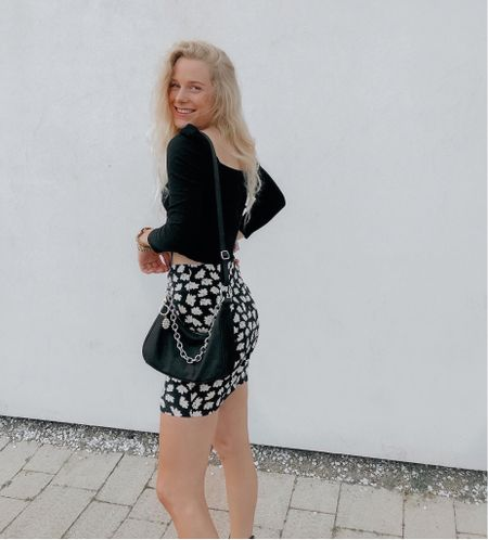 Late summer outfit 🖤 #asos #flowerskirt #skirt   #LTKeurope #LTKsalealert #LTKSeasonal