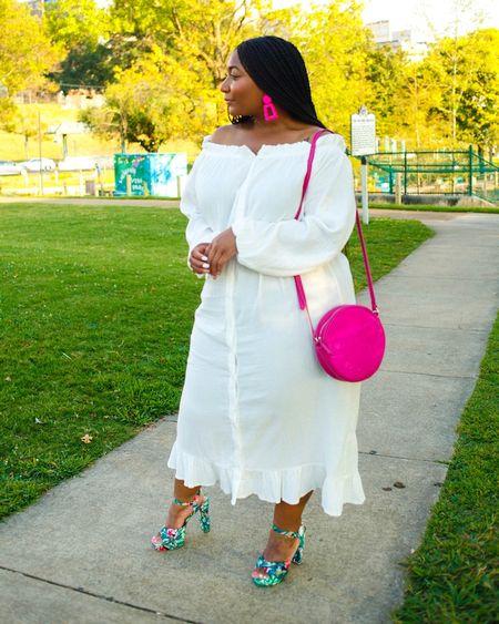 "DETAILS  * * New Blog Post ""White with a Splash of Color"" atwww.curvaceouslybee.com 👉🏽👈🏽 * * @prettylittlething #prettylittlething #blackgirlblogger #melaninqueen #pearshape #blackandbeautiful #plussizeblogger #plussizefashion #celebratemysize #outfitgoals #goldenconfidence #memphisblogger #CurvaceouslyBee #memphisfashionblogger #iconicgirls #plusmodelmag http://liketk.it/2Euns @liketoknow.it #liketkit"
