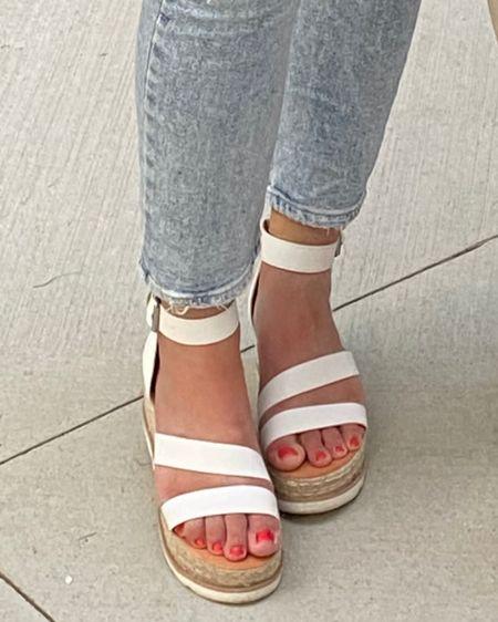 Round up of my favorite summer sandals! Cute, trendy and fun styles. All comfortable. http://liketk.it/3jfEh #liketkit @liketoknow.it #LTKshoecrush #LTKsalealert #LTKstyletip