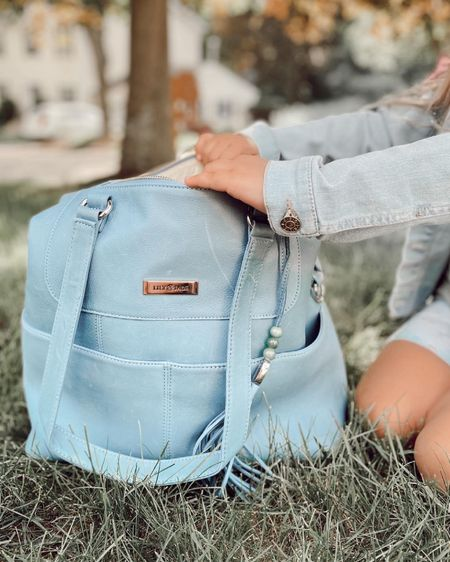 Oversized bag http://liketk.it/3gk7k #liketkit @liketoknow.it #LTKitbag #LTKbaby #LTKfamily