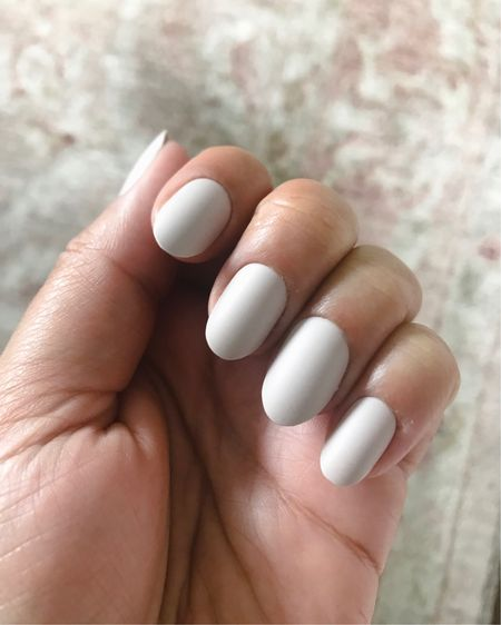 This instant manicure is a life saver. I have been trying to cut down on my expenses and I can't believe how easy these are to apply and how good they look. http://liketk.it/2Cs1E #liketkit @liketoknow.it #LTKstyletip Shop your screenshot of this pic with the LIKEtoKNOW.it app