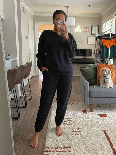 Full fit from @Fabletics! Love these sweatset; super soft and cozy. Wearing a medium in both top and bottoms! #fabletics #fableticspartner #loungewear #ltkholiday #ltkseasonal