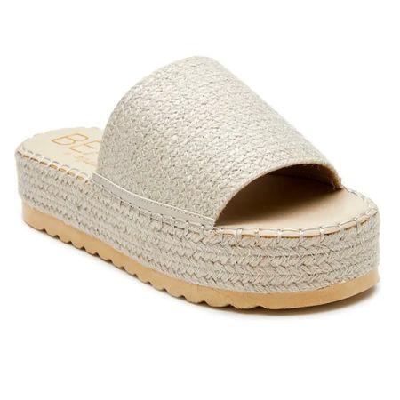 Summer slide sandal - my best seller last week! http://liketk.it/3fZRm #liketkit @liketoknow.it #LTKunder50