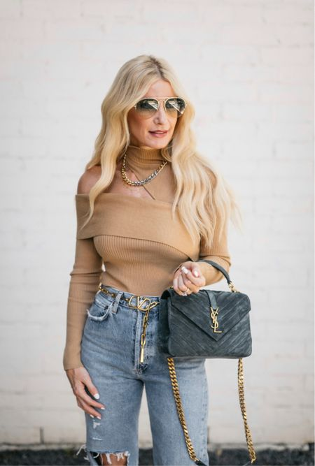 One shoulder wonder ➰ this neutral knit is such a fabulous fall piece! I love the cutout shoulder details and this color will go with everything! It runs tts, I'm wearing an XS.   Follow my shop on the @shop.LTK app to shop this post and get my exclusive app-only content!  #liketkit  @shop.ltk http://liketk.it/3mNuA Follow my shop on the @shop.LTK app to shop this post and get my exclusive app-only content!  #liketkit #LTKitbag #LTKstyletip #LTKSeasonal @shop.ltk http://liketk.it/3nbRw