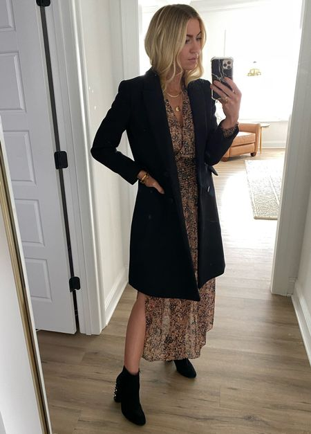 Brown dress, black coats and black boots