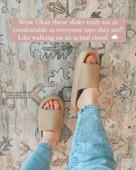 The most comfortable Amazon slides! ☁️☁️ http://liketk.it/3jK8t #liketkit @liketoknow.it #LTKshoecrush #LTKunder50 #LTKunder100  Amazon, Amazon finds, slides, summer slides, shoes