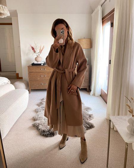 Gorgeous camel coat xs Side pockets fits slightly oversized Waist band - must have this season   #LTKshoecrush #LTKSeasonal #LTKstyletip