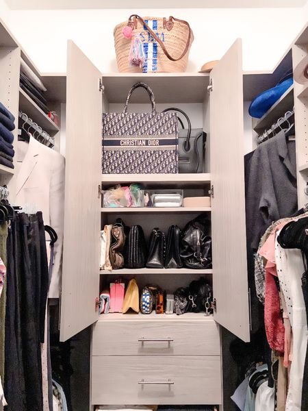 Nobody does it better...is stuck in my head and it feels like a fitting caption 😊 . . . .  http://liketk.it/2ZDWB #liketkit @liketoknow.it #StayHomeWithLTK #LTKhome #LTKitbag    #organize #organization #homeorganization #closetorganization #closet #dreamcloset #walkincloset #designercloset #designerbags #bag #bags #baglady #bagdisplay #bagcollection #showcase