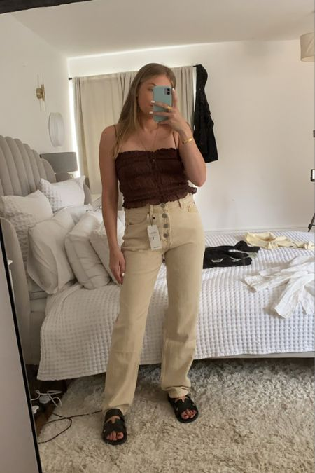 Free people jeans, cream jeans , straight leg jeans, brown top, brown cami, sand jeans, high waisted jeans @liketoknow.it #liketkit http://liketk.it/3kGYd #LTKeurope #LTKunder100 #LTKstyletip