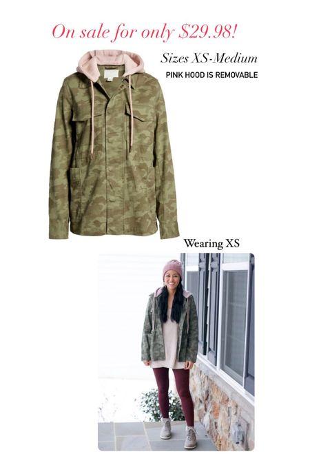 Caslon camo jacket with removable pink hood  Wearing XS   #LTKunder50 #LTKsalealert #LTKSeasonal