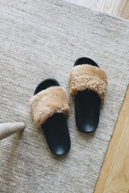 amazon faux fur house slides #amazon #amazonfashion #slides   #LTKhome #LTKunder50