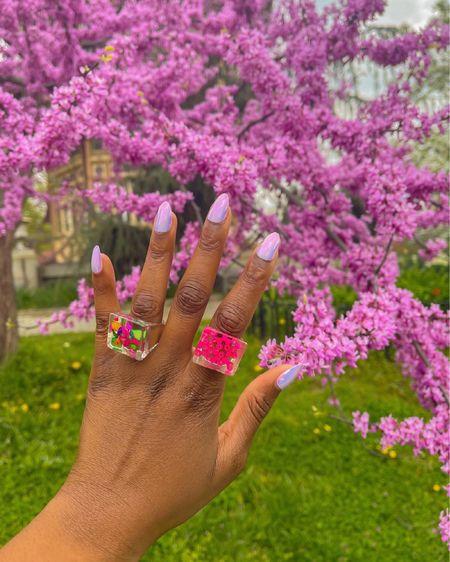 The perfect accessories for the perfect ambiance and scenery.   http://liketk.it/3gqKE #liketkit @liketoknow.it #LTKcurves #LTKsalealert #LTKstyletip