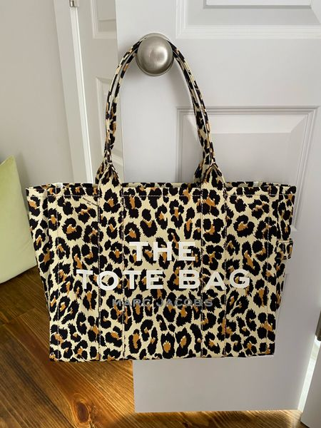 Leopard print traveler canvas tote! Marc Jacobs traveler canvas tote   #LTKitbag