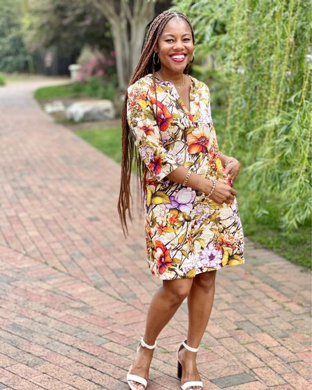 Love linen? This floral shift is a dream! #LTKstyletip http://liketk.it/3g95S #liketkit @liketoknow.it