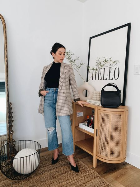 Madewell Perfect Vintage STRAIGHT jeans. I absolutely love the fit of these (size down) and can't recommend them enough for their comfort (even while pregnant!), price point, and how flattering they are.     #LTKstyletip