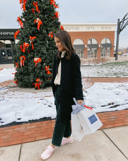 The countdown begins... last minute final touches for gifts today! Hope your shopping is going successfully ❤️🎁 http://liketk.it/34gvY #liketkit @liketoknow.it #LTKgiftspo #LTKunder100 #LTKstyletip