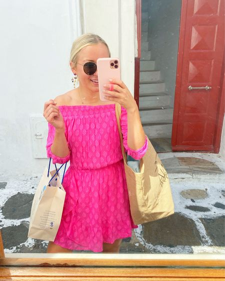 The Lilly romper I wore while exploring Little Venice & Mykonos Town! 💞 #LillyPulitzer #KendraScott #SunglassHut