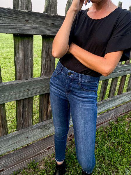 Dark wash skinny jeans under $50 Black Chelsea boots Fall outfit Denim Work NSale Nordstrom   #LTKunder50 #LTKSeasonal #LTKsalealert