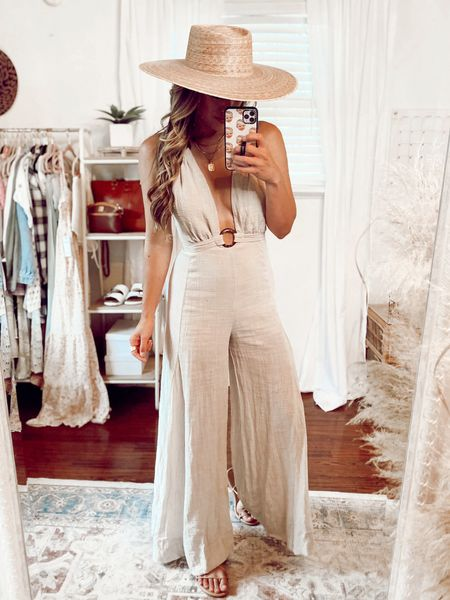 Remember this jumpsuit from last week!? I had to grab it in another color it's that good 🙌🏻💕 I'm just under 5'6 and wearing a small   #LTKstyletip #LTKtravel #LTKunder100