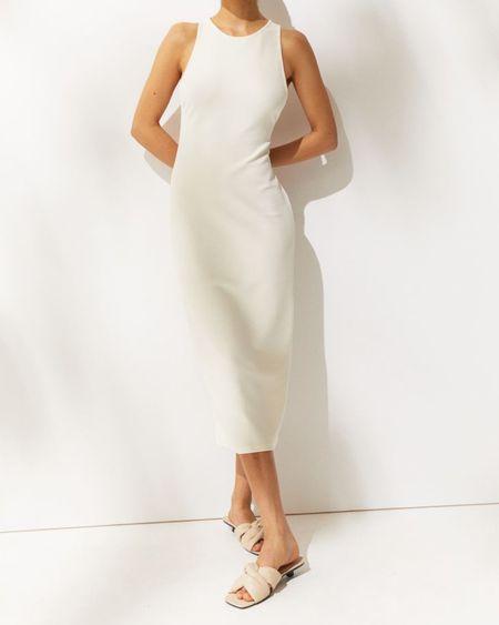 Beautiful Dress. Minimal fashion http://liketk.it/3jUMO #liketkit @liketoknow.it #LTKunder50