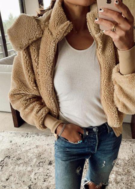 Foxy Sherpa BACK IN STOCK wearing XS  #LTKstyletip #LTKSeasonal