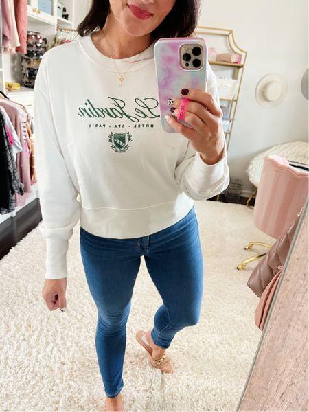 "25% off Abercrombie with code ""LTKAF2021""  • size medium top • jeans tts"