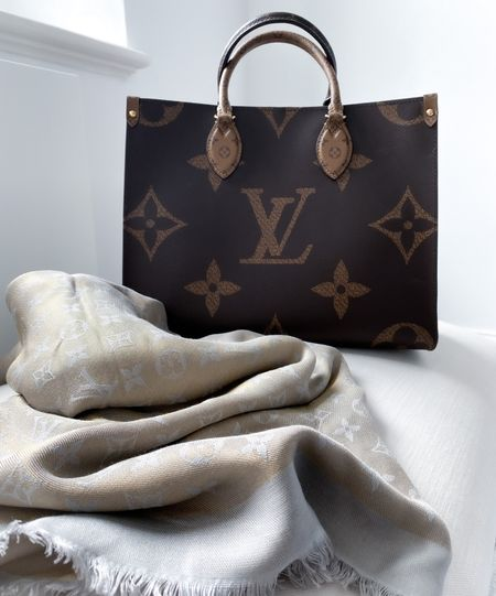 My favourite tote bag of all time, the Louis Vuitton OnTheGo in MM size (medium). It's perfect for everyday and is a statement piece all by itself.   Teamed with an LV monogram shine shawl for those days that are warm but turn colder in the evenings ✨  #LouisVuitton #LVOnTheGo #LVShawl #DesignerBag  #LTKstyletip #LTKDay #LTKworkwear