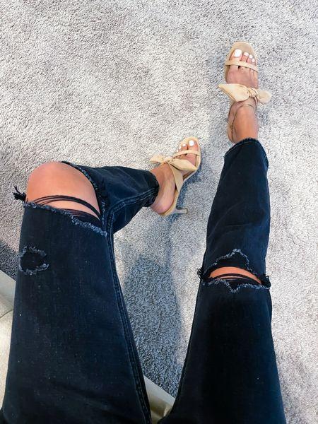 Jeans size 24 short sandals size 7  #LTKshoecrush #LTKunder100 #LTKunder50