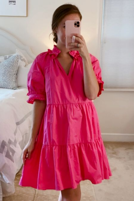 This pink dress will be so cute with booties this fall. Wearing an XS and am 5'2. Fit is generous!
