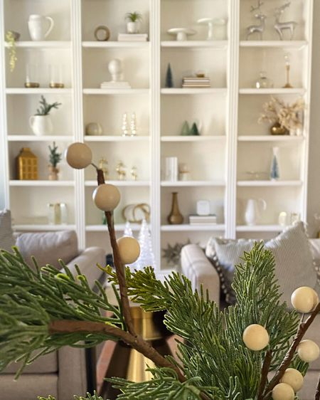 Holiday Decor for Bookshelf.  I have linked up all of the details to my bookshelf Christmas decor.    #liketkit @liketoknow.it http://liketk.it/33jZx