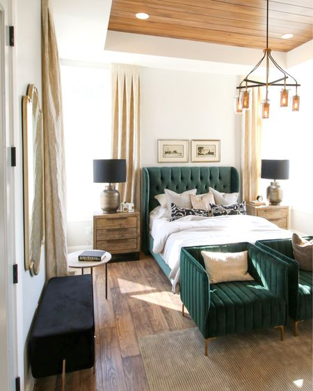 What is your favorite part about this bedroom?  All links below 💚 . . . 📷: remodelaholic  Holmes Homes   http://liketk.it/3c5lZ #liketkit @liketoknow.it #customhomes #imaremodelaholic #builtins #homedesign #springstyle