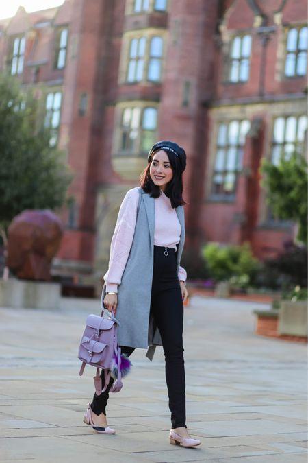 Wearing grey and pastel tones on today's post, more on the blog. www.preppyfashionist.com  http://liketk.it/2zQgz #liketkit @liketoknow.it   📸 @gemmaslittleworld
