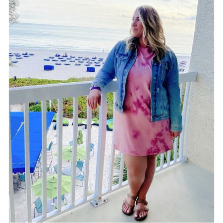 This week's views 🏝 Found this tie dye dress at Old Navy recently and had to have for vacay. Perfect length and fits a little loose - wearing an XL for reference. Paired it with my fave denim jacket (also an XL) - linked it + a few similar ones since it's almost sold out. @liketoknow.it #liketkit #LTKcurves #LTKunder50 #LTKtravel #tiedye #midsizestyle #midsizeblogger #denimjacket #oldnavy #oldnavystyle #curvystyle #vacationstyle #ootd http://liketk.it/3dnAS