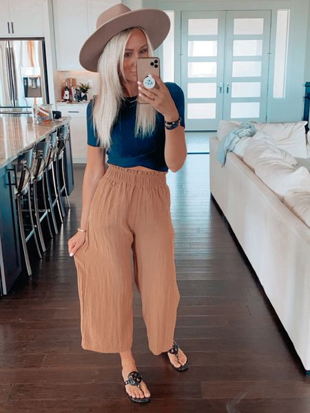 I didn't know cute clothes could http://liketk.it/2VggW #liketkit @liketoknow.it  feel this comfortable 🥰