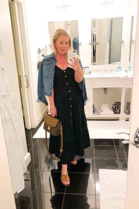 Target summer maxi dress. Wearing size small. Vacation outfit. Beach vacation.   http://liketk.it/3fnez #liketkit @liketoknow.it #LTKunder50 #LTKtravel