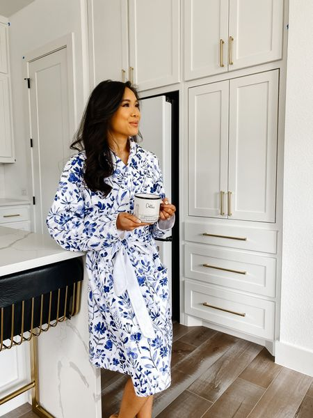 My favorite bathrobe! Made of super soft 100% organic cotton. Fits true to size and I love how it''s not super thick.   #LTKstyletip #LTKbeauty