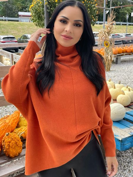 Love a good fall glam makeup look! Sharing my look for the farm today and Linking some new Walmart beauty faves here. This brow pencil / gel duo is sooo good!
