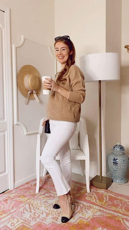 Into something good with these 3 fall looks from @vineyardvines! Which is your favorite?! 🍂☕️ Sharing more about these pieces (non-maternity, by the way!) over in my Instagram stories. So many good transitional staples! @vineyardvineswomen #EDSFTG #ad