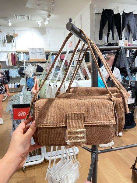 Fendi dupe under $30, fall bags, fall fashion, trendy purse, trendy fall fashion   #LTKsalealert #LTKitbag #LTKSeasonal