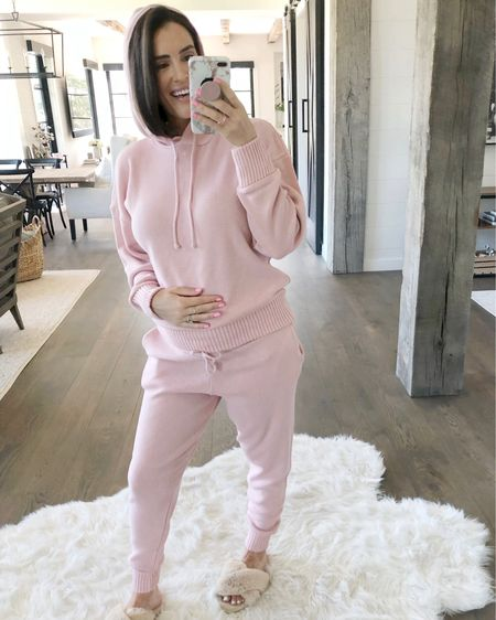 F A S H I O N // Blushing over this beaut☝🏻💕 Another loungewear set for the win!! Only $22!🙌🏻 Since I'm pregnant, you know I'll be living in cozy clothes for the next 4 months!🤰🏻 Shop it here on the @liketoknow.it app! Sizing👇🏻 Set: L Slippers: 8-9  #loungewear #maternity #bump #pregnant #cozy #set #sweats #ootd #LTKunder50 #LTKbump #liketkit // http://liketk.it/2DSLp