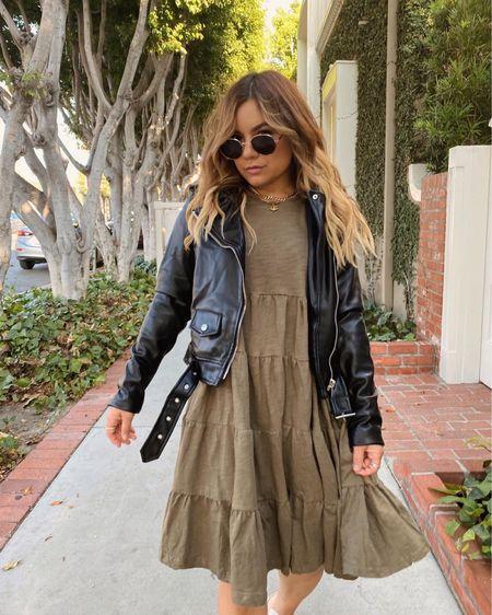 Threw on a (faux) leather jacket over my baby doll dress cuz it's starting to feel somewhat like Fall here in LA🍂 #babydolldress #fauxleatherjacket #petalandpup http://liketk.it/2YepH #liketkit @liketoknow.it