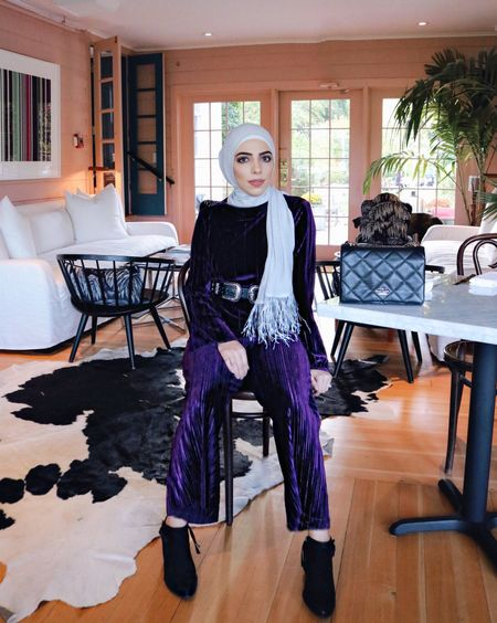 Currently obsessed with all things velvet! And how beautiful is this hijab from @framedpeople with the feathers?! It makes any outfit look instantly chic!  http://liketk.it/2tfOQ Download the LIKEtoKNOW.it app to shop this pic via screenshot  #liketkit @liketoknow.it #LTKholidaystyle #LTKsalealert #LTKitbag #LTKkids #LTKunder50 #LTKunder100