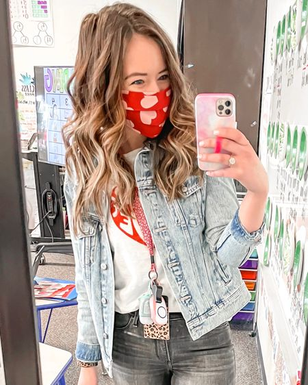 Old Navy Jean jackets are on sale today for $15! 😍 I may or may not have 3 different jackets...🙈 Definitely recommend. http://liketk.it/3aumk #liketkit @liketoknow.it