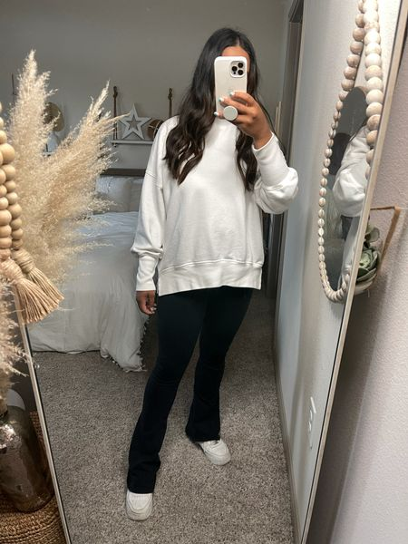 Brunch on Soco outfit! I would die for my flared leggings!! I'm 5'3 and I got the short version and they are perfect!   #LTKunder100 #LTKfit #LTKSeasonal
